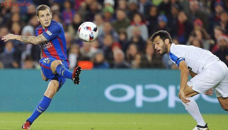 El jugador del Barça Lucas Digne ayudó a socorrer a los heridos en el atentado de la Rambla
