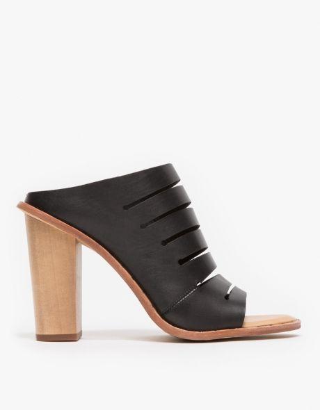 Dolce Vita / Orana in Black. Shoe RoomBlack SandalsShoes ...