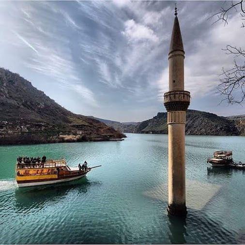 Halfeti dam lake, Şanlıurfa - TURKEY.