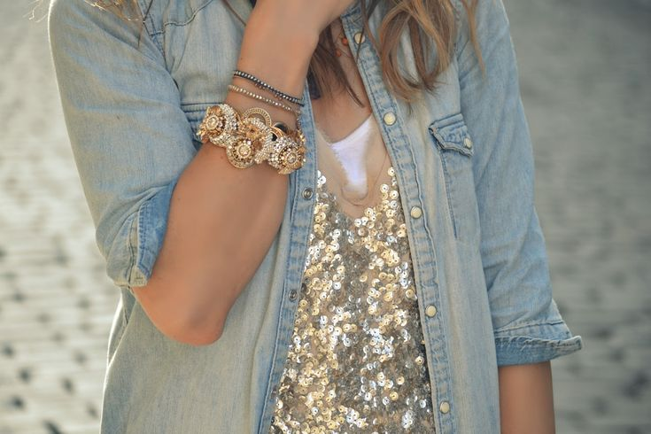 .: Fashion, Jeans Jackets, Style, Chambray Shirts, Denim Shirts, Outfit, Gold Sequins, Sparkle, Sequins Tops