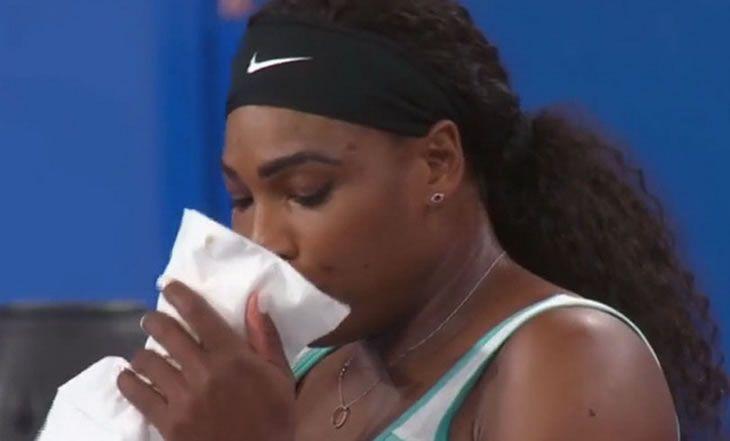 VIDEO. Pour se «Réveiller un peu», Serena Williams commande un café en plein match - 06/01/2015 - http://www.camerpost.com/video-pour-se-reveiller-un-peu-serena-williams-commande-un-cafe-en-plein-match-06012015/?utm_source=PN&utm_medium=CAMER+POST&utm_campaign=SNAP%2Bfrom%2BCamer+Post