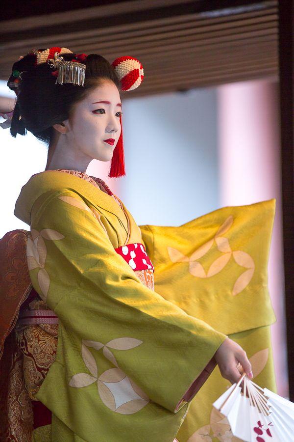 Kitano Shrine! ~ Setsubun Festival on seven hotels Japan dance ~: THE PHOTO DIARY By CANON!