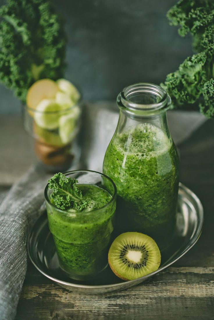 W Kuchni Wieczorem - blog kulinarny, vege smoothie, greens, food photography