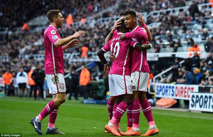 Newcastle 1-3 Bournemouth: Steven Taylor's own goal Joshua King and Charlie Daniels leave Steve McClaren on the brink