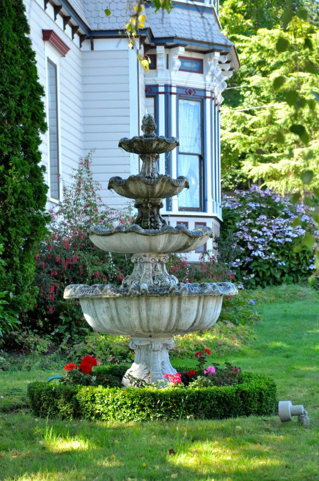 Looking for a great place to put a #Fountain ?   Just about anywhere. And to keep landscape projects watered properly, get awesome service in Birmingham, AL www.BlueSkyRain.com #sprinklers and landscape lighting.