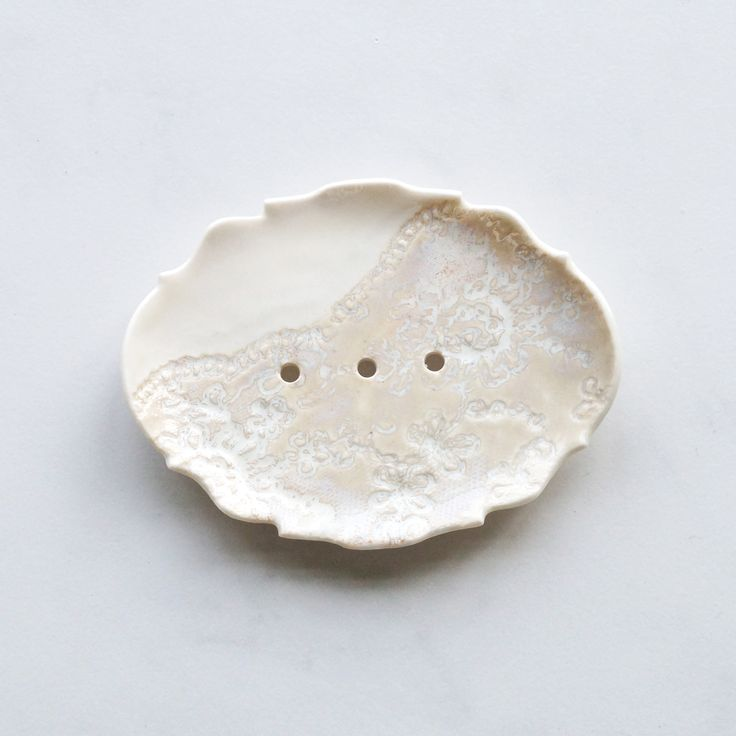 Lace soap dish in white porcelain with natural ceramic glaze by VanillaKiln