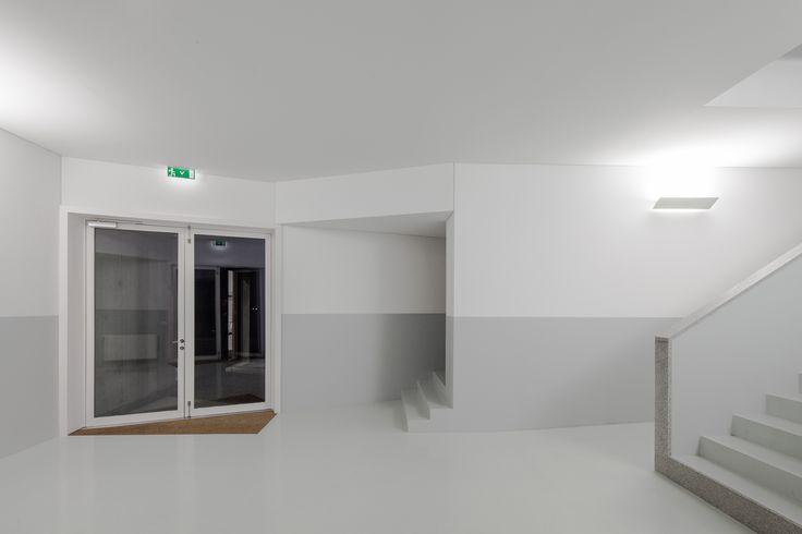 Galería - Estación de Bomberos de Santo Tirso / Alvaro Siza - 61