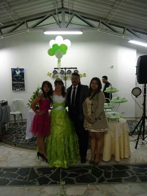 《Mi Gran Familia》