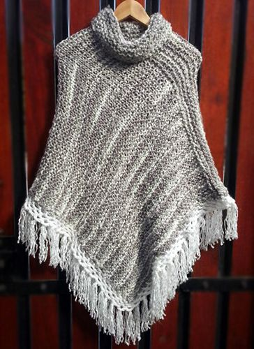 Poncho gris/blanco tejido a palillos (Poncho dos agujas) / #knit #poncho #knitted #poncho #gray #needles #wear #grayponcho by Suhyza
