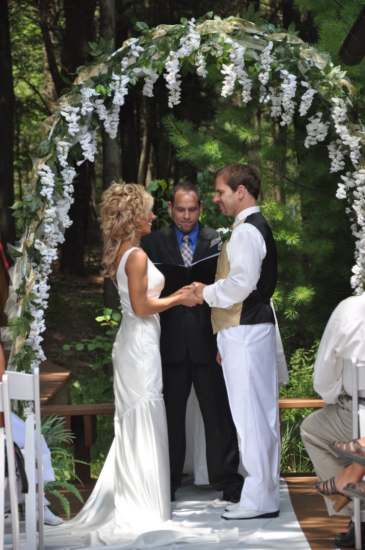 Wedding Arbor Ideas Ooh Maybe In Lilacs And Fewer Of