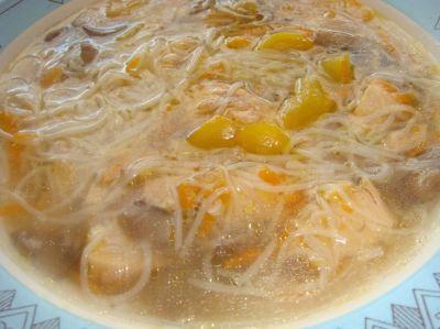 Китайский грибной суп с рисовой лапшой : Первые блюда