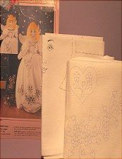 Pillowcase angel kit..pattern, transfer, pillowcase... http://barbspencerdolls.com/patterns/