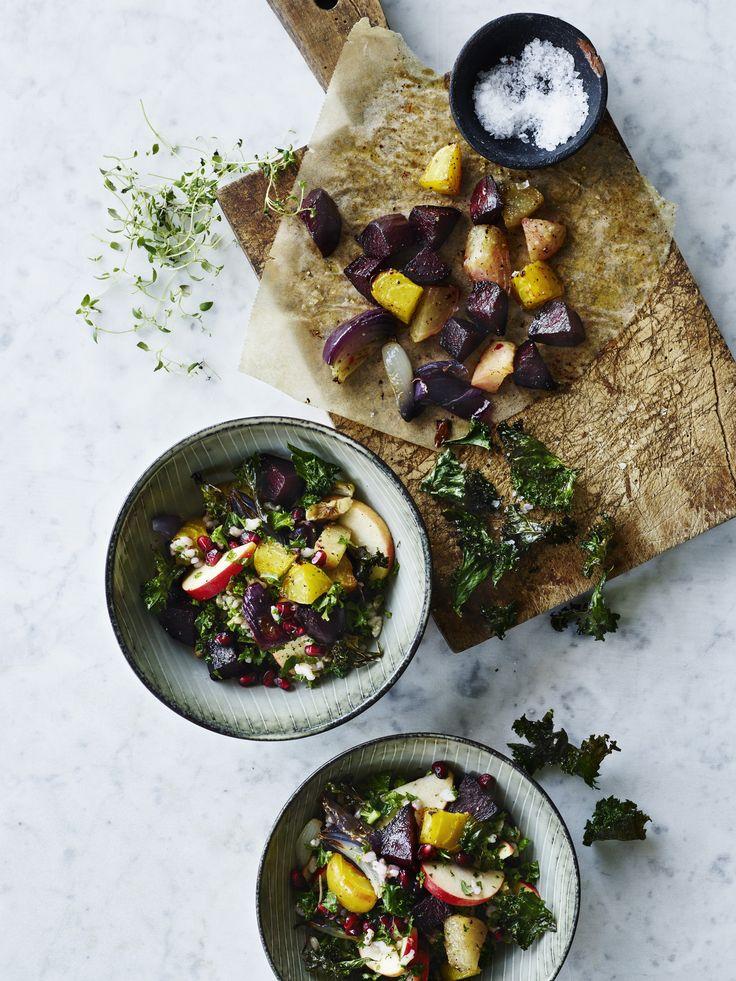 Rissalat med rødbede, granatæble og sprød grønkål