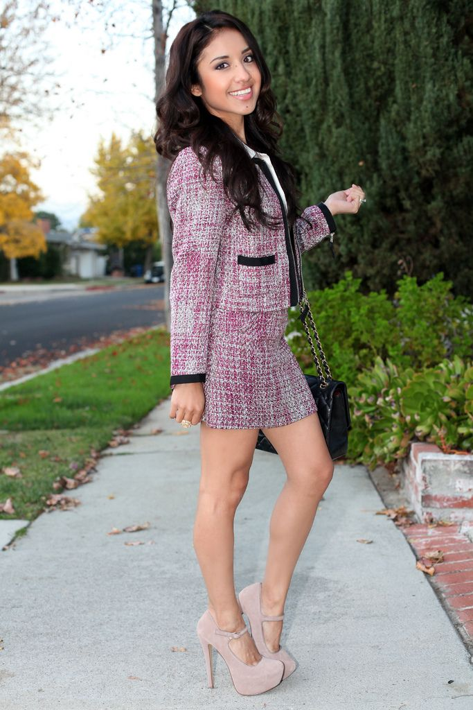 Style Snafus A Business Professional Dont Perfect Example Of Too Short Skirt High Heels And Much Women Fashi