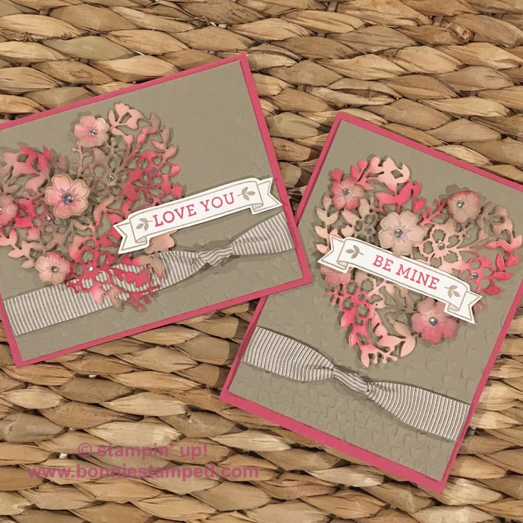 Bloomin' Love Valentine's Day Card #bloominlove #bloomingheart #stampinup #valentinesday #love #fallingpetals #occasions2017 #handmadecards