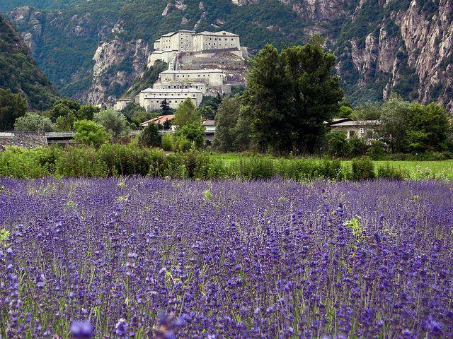 justcallmegrace:    Provenza?!?! No un insolito Forte alleato  Bard Valle d'Aosta