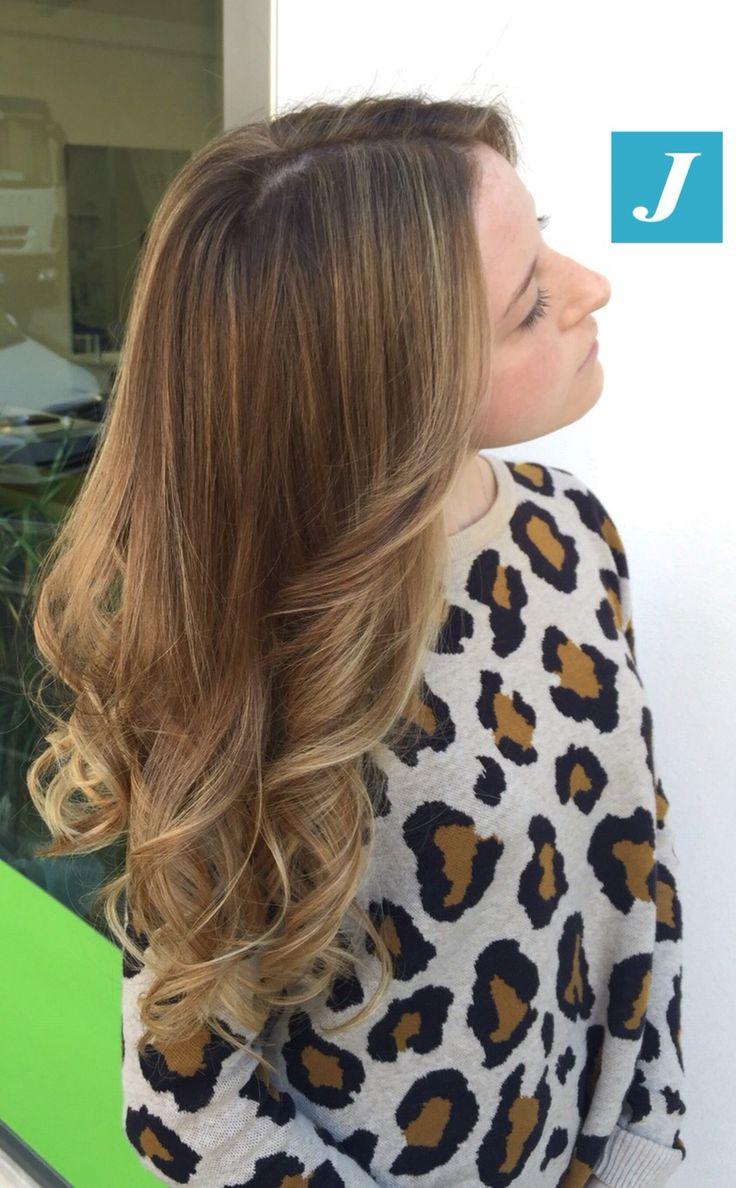 Delicate sfumature bionde _ Degradé Joelle  #cdj #degradejoelle #tagliopuntearia #degradé #igers #musthave #hair #hairstyle #haircolour #haircut #longhair #ootd #hairfashion