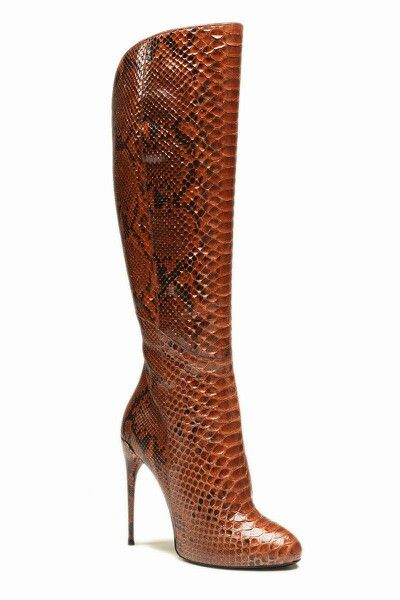 WOUW!!!...Gucci Python Boot, I love it! >>> ($3,300)