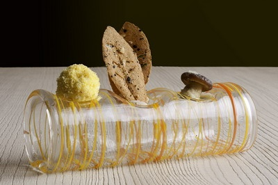 Baccalà mantecato con mais-pan e aneto - Crema di marroni con dei biscotti di marroni - Piopparelli fritti con una crema all'uovo ed estragone (Massimiliano Alajmo, Le Calandre)