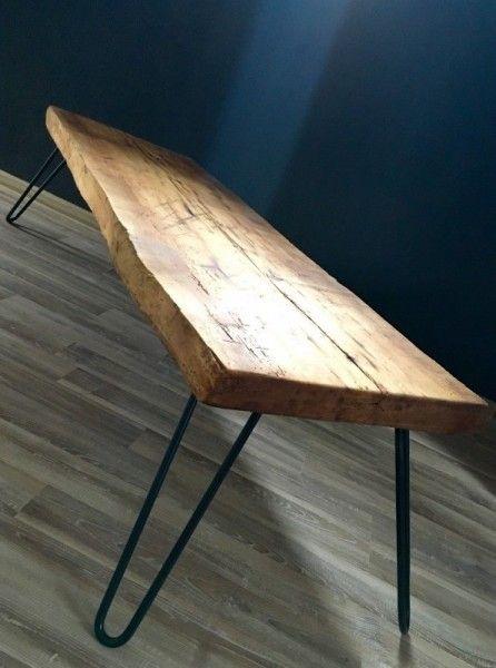 Slovensky-Italiano-English  Pripravili sme pre Vás originálny retro stôl z prírodného materiálu v kombinácii s kovovými nohami. Masívna drevená doska je ručne opracovaná a v závere...