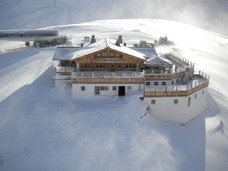a panorama chalet at 2670m altitude. great staff included.