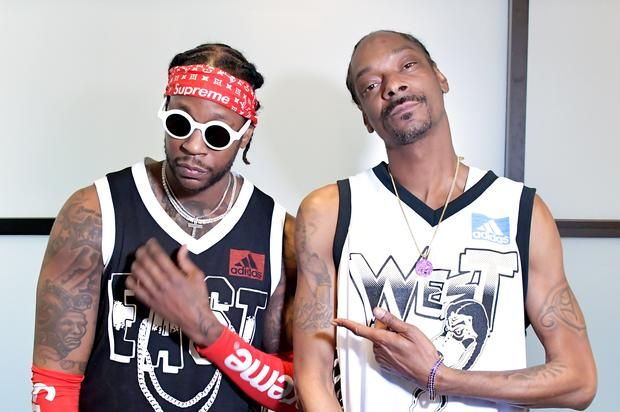 Watch 2 Chainz, Snoop Dogg, Chris Brown & More At Hip-Hop All Star Game Snoop Dogg, Chris Brown, The Game, Lil Dicky & more held it down at the Hip-Hop All Star Game.https://www.hotnewhiphop.com/watch-2-chainz-snoop-dogg-c... http://drwong.live/article/watch-2-chainz-snoop-dogg-chris-brown-and-more-at-hip-hop-all-star-game-news-44007-html/