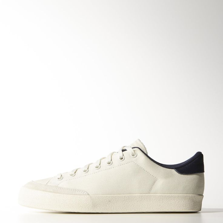 These hybrid Rod Laver and Stan Smith men's shoes are built in double-layer  opaque