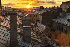 amazing-sunset-roofs-st-petersburg-russia-travel-60397825.jpg (240×160)