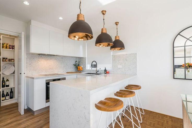 white quartz benchtop  athena  smartstone  kitchen