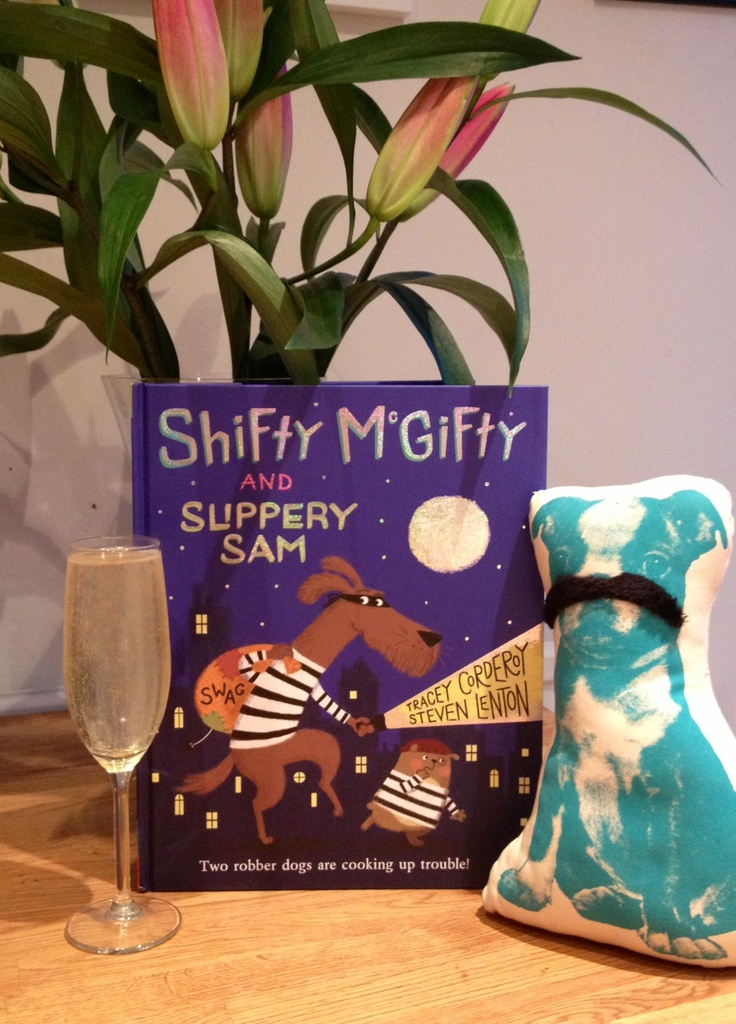 Illustrator Steve Lenton with Shifty McGifty and Slippery Sam.