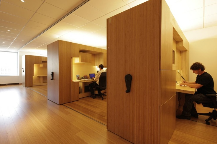 Office Interiors Jury Winner: Collapsable Workstations by Taylor and Miller Architecture and Design in Manhattan, US