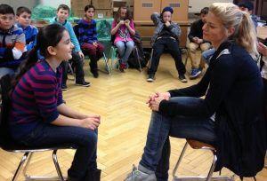 Geno TV - eine Kooperation zwischen Media Smart e. V. und dem Genoveva-Gymnasium in Köln. Junge Redakteure bereiten Themen aus der Medienwelt auf und erklären sie kindgerecht.