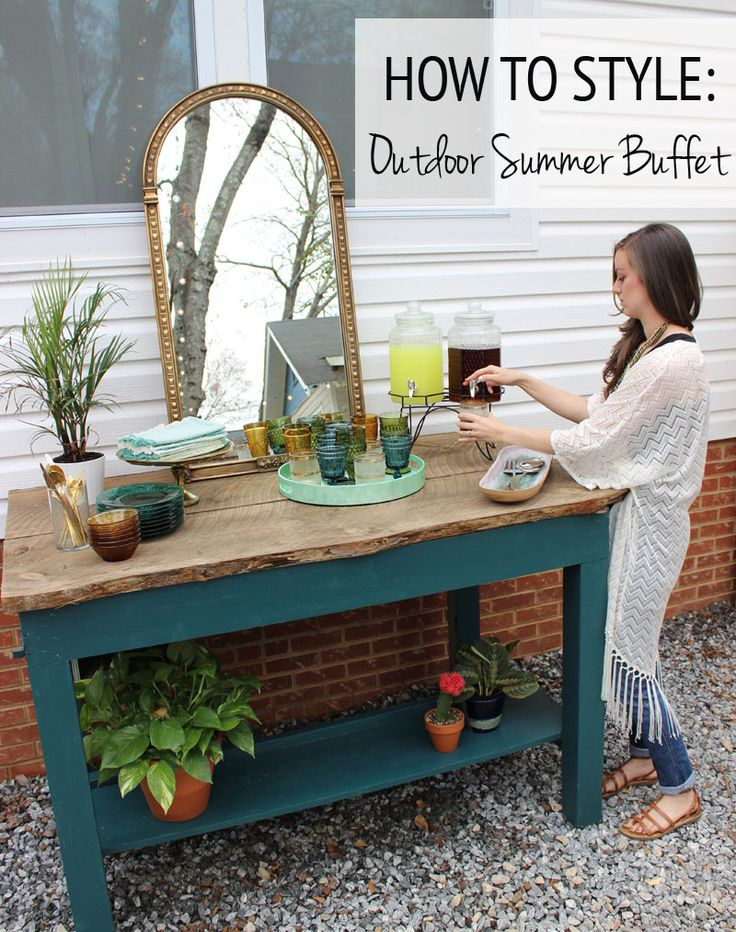 How to Style an Outdoor Summer Buffet from thewhitebuffalostylingco.com