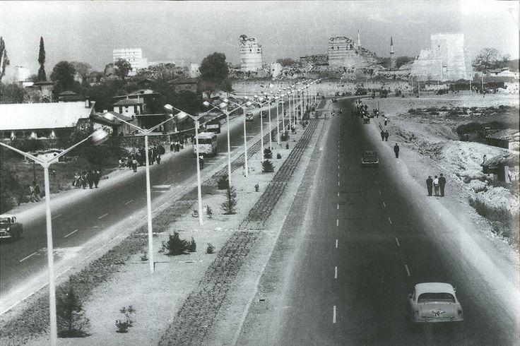 Topkapı - Cevizlibağ / 1960lar http://ift.tt/2ki5rvN