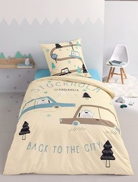 """This duvet cover and pillowcase set, available at a fantastic low price, will see us off en route to the Nordic countries with our friends the bears!    Available in 3 sizes:   - Duvet cover 140 x 200 cm + pillowcase 50 x 75 cm - Duvet cover 140 x 200 cm + pillowcase 63 x 63 cm - Duvet cover 200 x 200 cm + pillowcase 63 x 63 cm  Child's duvet cover:  One side large block motif featuring bears in cars, mountain and snow + the words """"""""STOCKHOLM SCANDINAVIA, BACK TO THE CITY*"""" on an ecr..."""