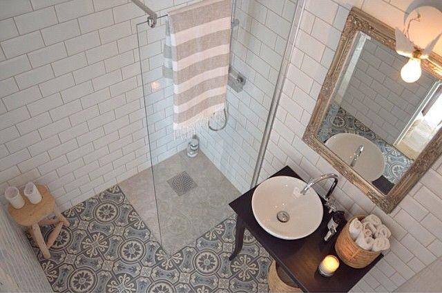 moroccan tiles More