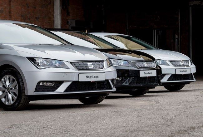 Red Bull takes on 42 Seat Leons in new fleet deal  Seat has signed a deal with energy drinks company Red Bull to supply 42 Leon hatchbacks to its sales team. The vehicles - powered by Seat's 115hp 1.0-litre petrol engine and finished in SE Technology trim level - are Red Bull's first-ever petrol fleet vehicles. Red Bull said it took the #Leons on after being impressed with the car's combination of technology, affordability and whole-life costs. The vehicles were handed over using virtual…