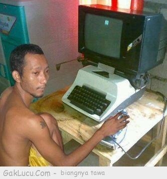 Lelucon berjudul Facebookan ala 2012 yang dibuat oleh Tpao di www.GakLucu.com. Temukan juga lelucon lain yang mirip.