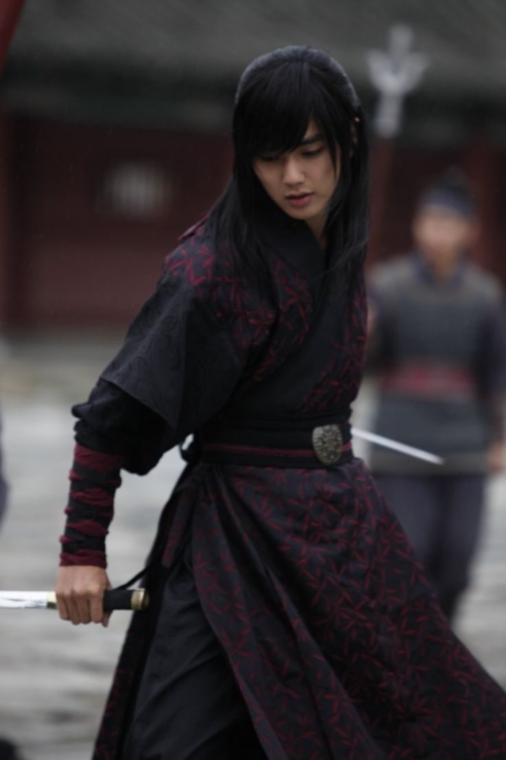 Yoo Seung Ho As Yeo Woon In Warrior Baek Dong Soo Asian