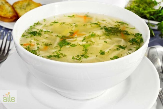 Tavuk suyuna şehriye çorbası tarifi... Akşam yemeklerinizde tam ağzınıza layık, lezzetli mi lezzetli bir çorba tarifi! http://www.hurriyetaile.com/yemek-tarifleri/corba-tarifleri/tavuk-suyuna-sehriye-corbasi-tarifi_1659.html