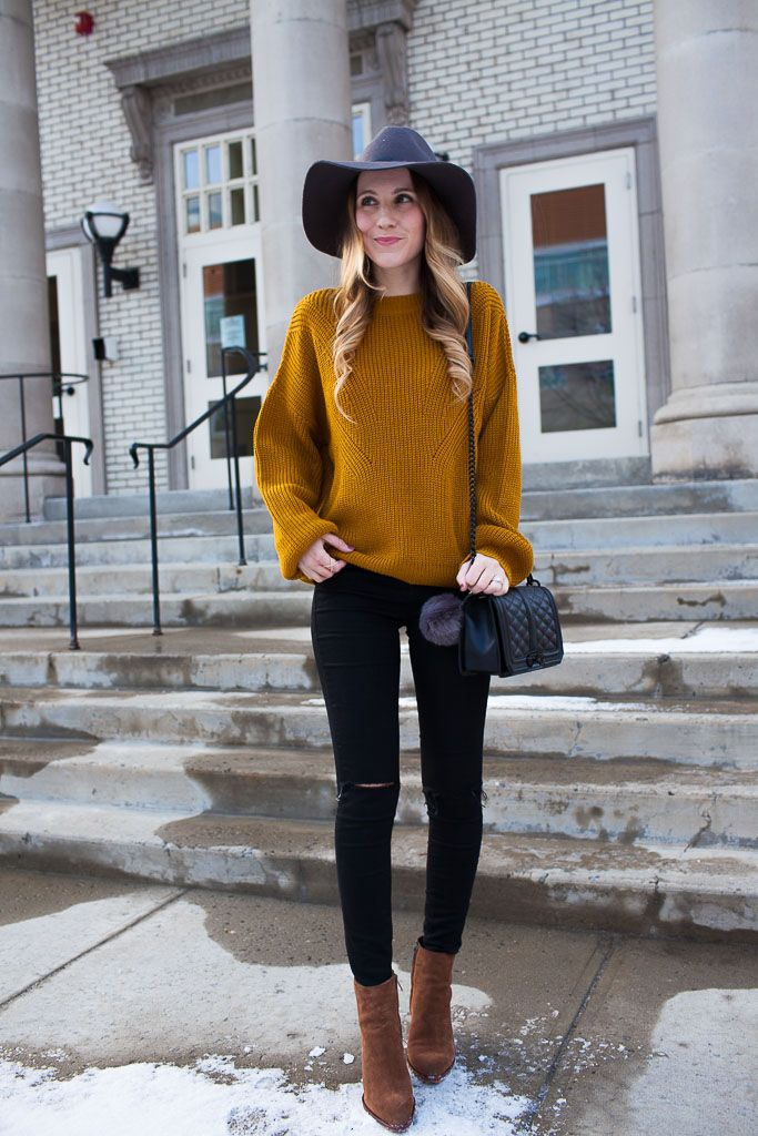 Mustard Sweater and Black Skinny Jeans | Twenties Girl Style