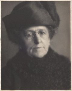 """Charles James Fox's undated """"Portrait of Gertrude Kasebier."""" University of Delaware Libraries, special collections, gift of William I. Homer. Featured in March 2013 article, """"Gertrude Kasebier: Two Exhibitions In Delaware."""""""