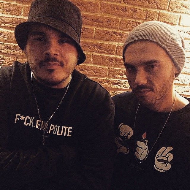 #Ensi Ensi: Stasera mio fratello @raigeofficial live al Legend di Milano #atlante #buongiornoLA vi aspettiamo!