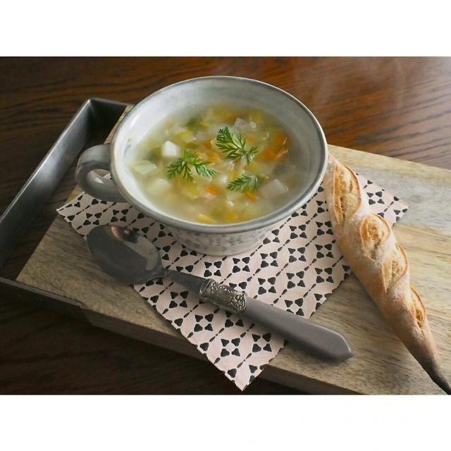 学校の授業で作ったスープをお持ち帰りして朝ごはんに☆ - 146件のもぐもぐ - 農夫風ポタージュ by 209Kitchen