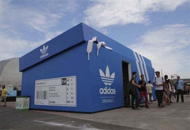 Adidas Shoebox pop-up Store