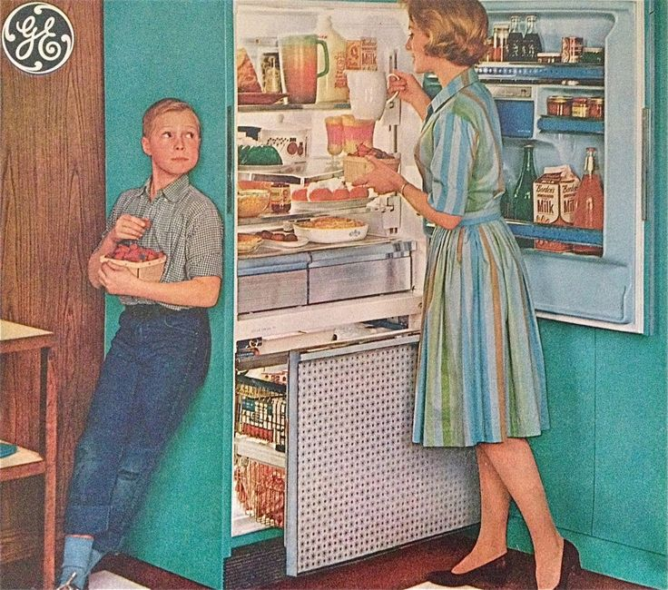 General Electric, 1963 .. That kid could be Everett in a few years. AND I wish they still sold berries in lil wooden baskets....