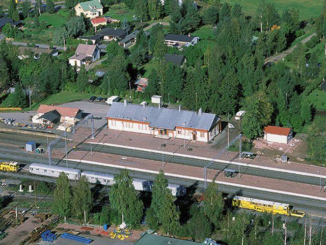 Peipohjan rautatieasema ympäristöineen Kokemäellä. Tärkeä risteysasema.