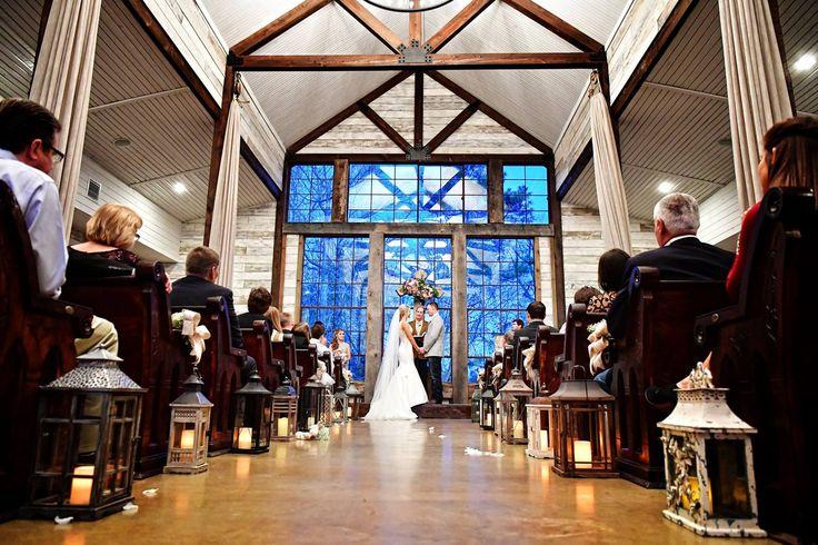 Beautiful Chapel Ceremony | Big Sky Barn | Montgomery, TX | Tomas Ramos Photography