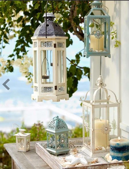 Diferent Styles of Lanterns in Balcony Decoration