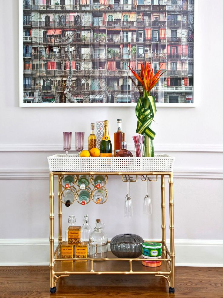 https://i.pinimg.com/736x/79/8e/7c/798e7ca698c387a0507cc873cf73d984--home-bar-designs-kitchen-designs.jpg